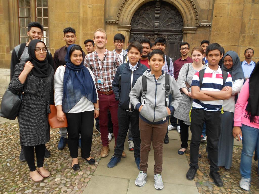 Excel Tuours - Cambridge Tour (11)